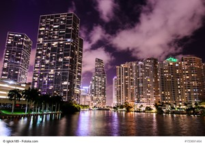 Reasons to Buy a Luxury Home in Florida