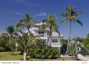Why Should a Buyer Purchase Your Florida Luxury House?