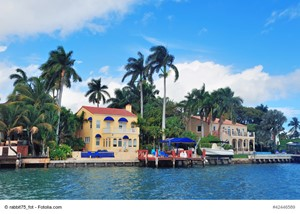 Should Selling a Florida Luxury Residence Be a Top Priority?