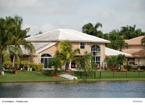 How to Improve a Florida Luxury Residence's Curb Appeal