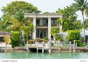 Reasons to List Your Florida Luxury Residence Today