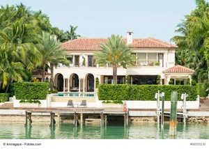 Florida Luxury Home Selling Tips: Analyze the Local Real Estate Market