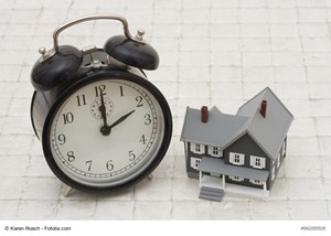 Should You Set a Deadline for Selling Your Residence?