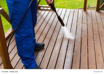 A Guide to Buying, Renting, and Using a Pressure Washer for Your Home