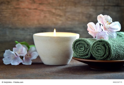 How to Make Your Own Scented Candles | My House Partners blog