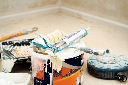 DIY: Replace Old Caulking