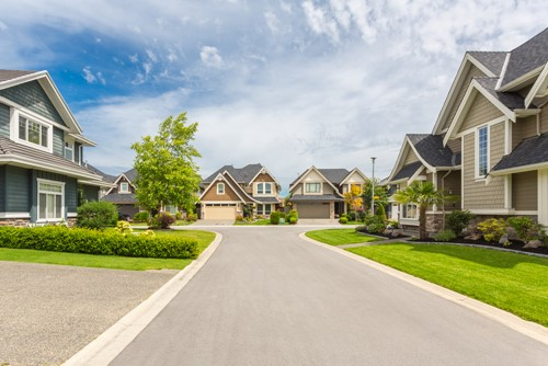Considerations for Moving to an HOA Community