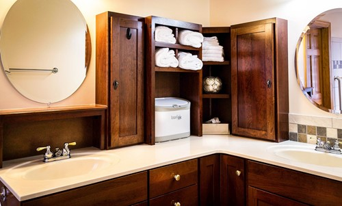 Quick Tips for Bathroom Organization