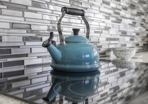 Create a Stunning Backsplash in your Kitchen