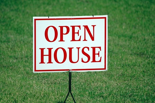 When to Hold a Successful Open House