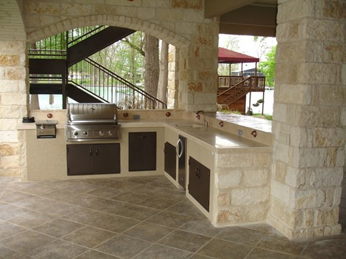 Outdoor Cooking: Creating a Stunning Outdoor Kitchen