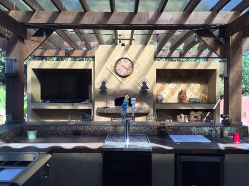 Can an Outdoor Kitchen Make Your Home More Appealing to Buyers?