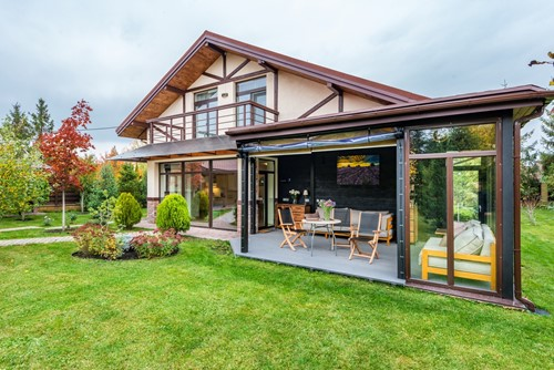 Pros and Cons of Modular vs. Stick-Built Homes