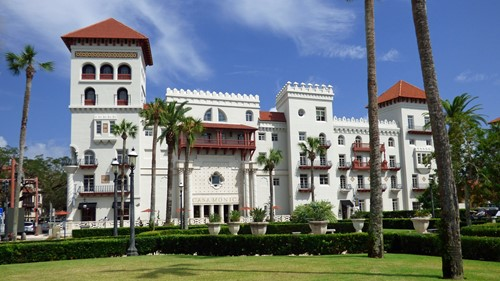 The Charm of St. Augustine: Amenities for Miles