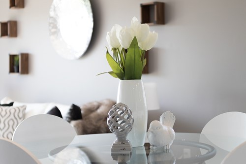The Art of Mini-Staging: Small Touches that Give Your Space Life