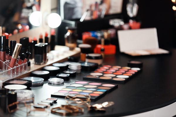 Creative Ways to Organize Your Makeup
