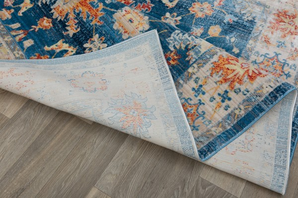 What to Consider When Choosing an Area Rug