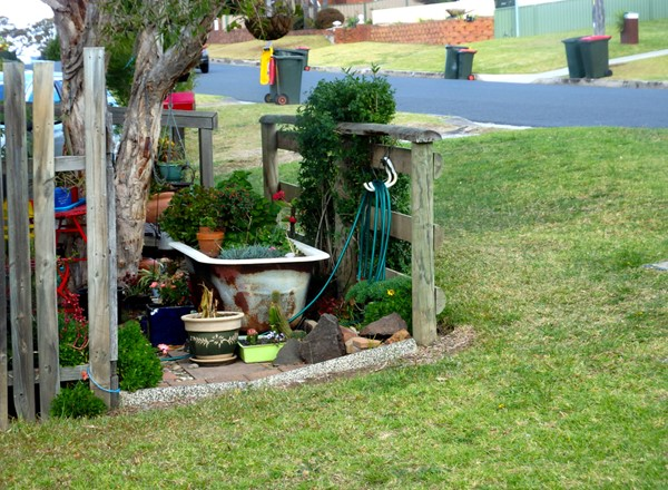 Outdoor Decor That Detracts From Your Home's Value