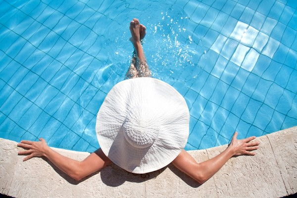 4 Swimming Pool Maintenance Tips