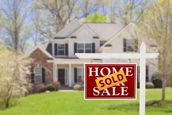 Does Having a Reverse Mortgage Stop Me From Selling?