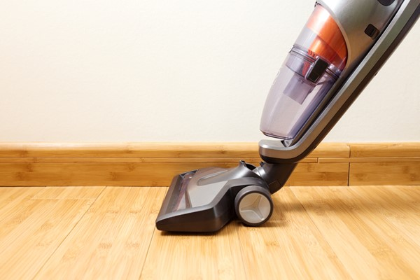 Try out a Cordless Vacuum Cleaner