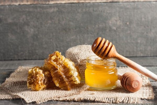 Five Uses for Honey in Your Diet