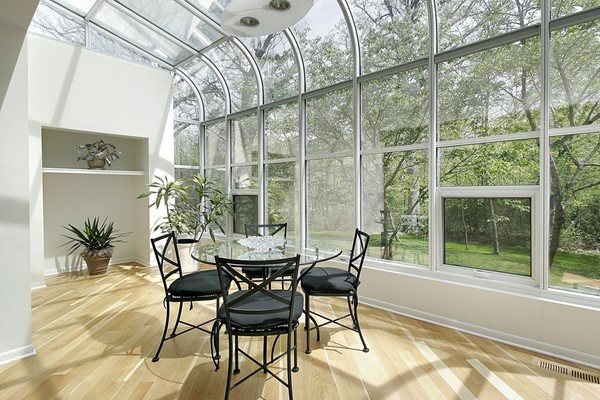 Choosing the Best Sunroom for You