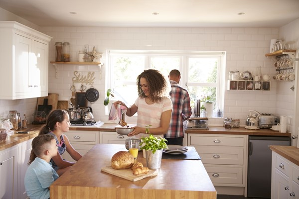 6 Tips for Family-Friendly Kitchen