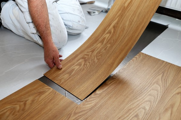 4 Reasons to Consider Vinyl Flooring