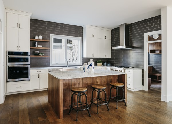 5 Advantages of Having a Kitchen Island