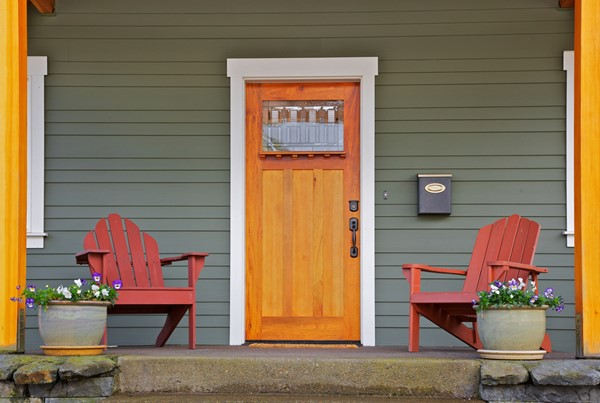 Budget-Minded Curb Appeal Projects - Outdoor Decor