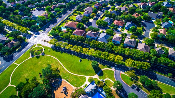 5 Things to Consider When Buying Homes in the Suburbs