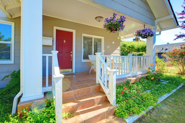 6 Easy Ways to Increase the Curb Appeal of Your Home