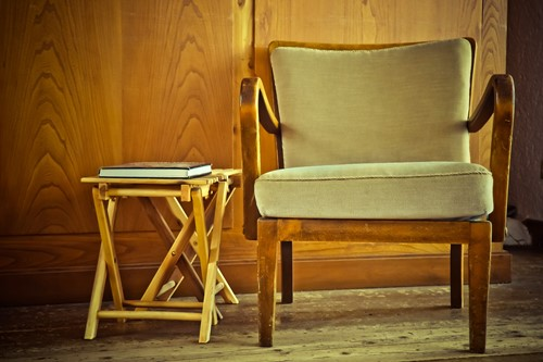Secondhand Furnishings: Tips & Tricks for Finding the Perfect Piece