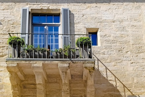 Here's What You Need to Know About Natural Stone Home Exteriors
