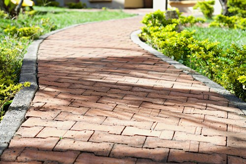 Build Your Own Garden Path With Brick Pavers