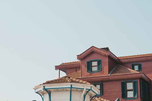 The Pros & Cons of Higher Down Payments: What Homebuyers Should Consider