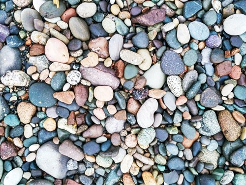 How to Make Your Own Pebble Stepping Stones