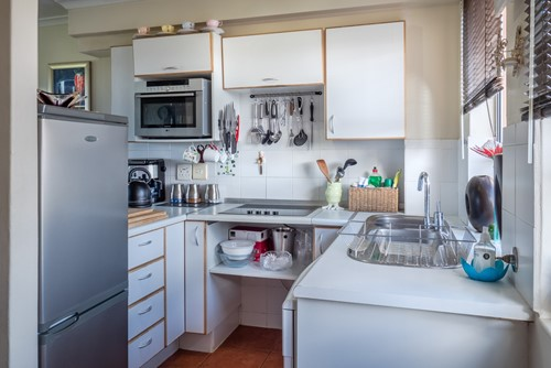 How to Maximize Space in a Tiny Kitchen