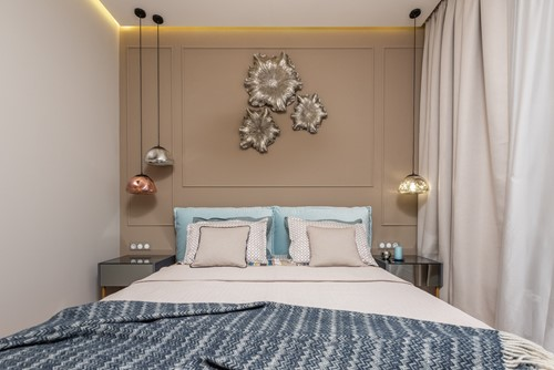 How to Decorate a Small Bedroom: 3 Ideas to Try