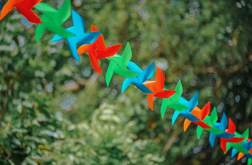 Whirligigs and Wind Spinners: Naturally-Powered Garden Decor