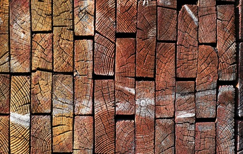 How To Secure, Process & Reclaim Wood For Rustic Interior Designs