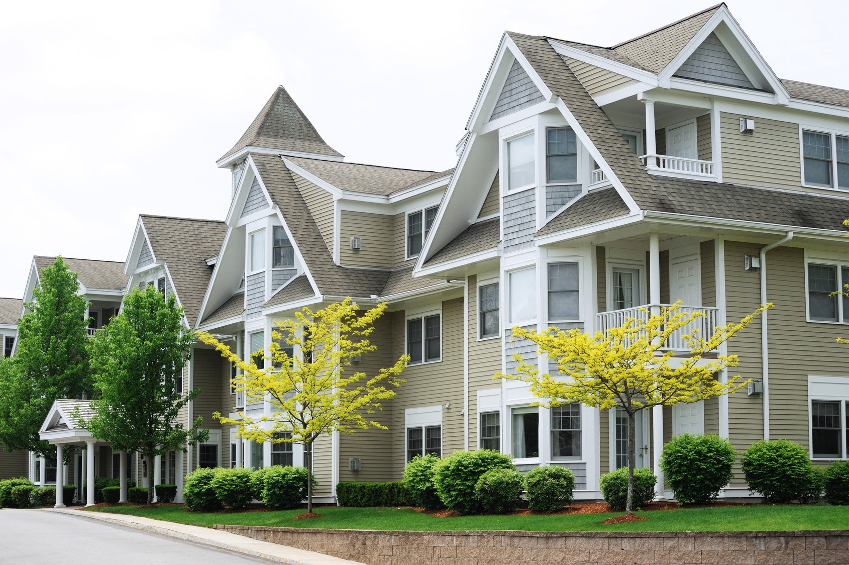 Is a condo for you? | Selling the Seacoast with Emil Uliano
